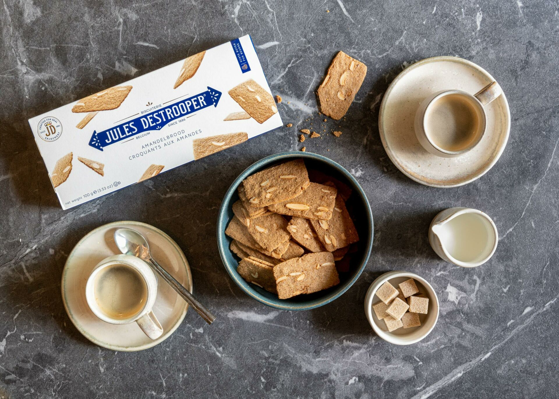 Almond thins packaging coffees